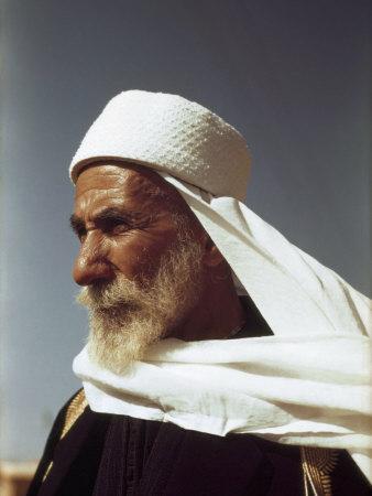 Регрессия в прошлые жизни. Мудрый старец, райский мир, духовный целитель