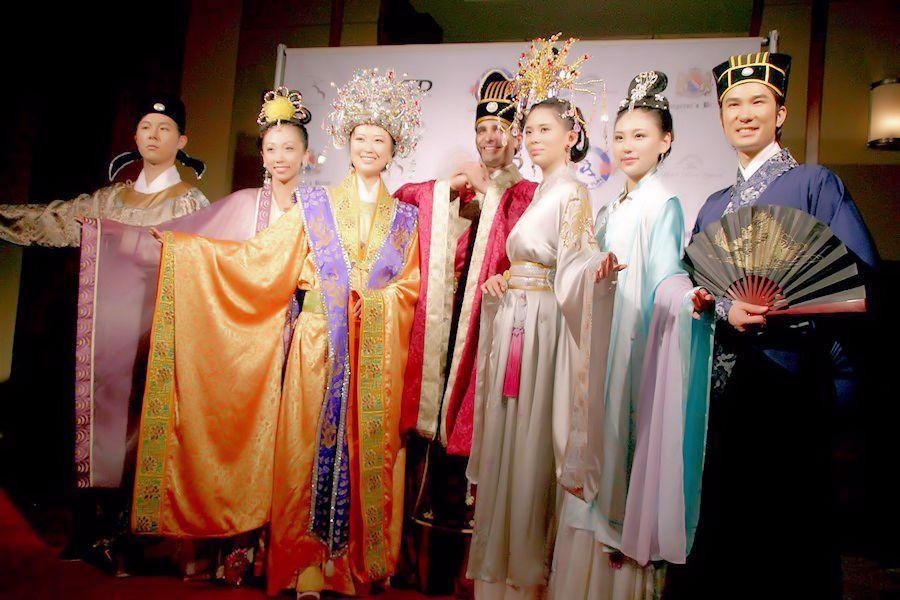 Дизайнерская одежда Грейс Чэнь: сочетание двух культур