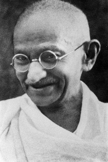 Махатма Ганди. Википедия