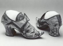 История обуви. Европейский туфли, приблизительно, XVIII век.